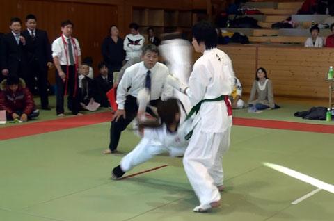 2008.12.07 3位決定戦 胴廻し.jpg